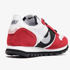 Nike Air Vortex Chicago Gym Red Black White Sneaker Bar